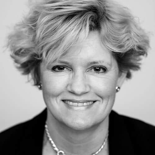 Portretfoto Karin van Hoek